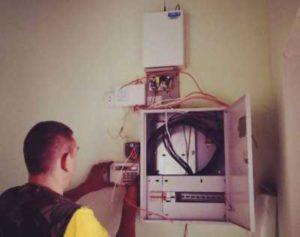 Фотография  сервисного осмотра сигнализации